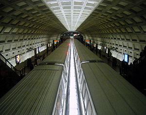300px-Dupont_Circle_Metro